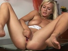 Placing a pump on her cunt creates wild pleasures for sweetheart
